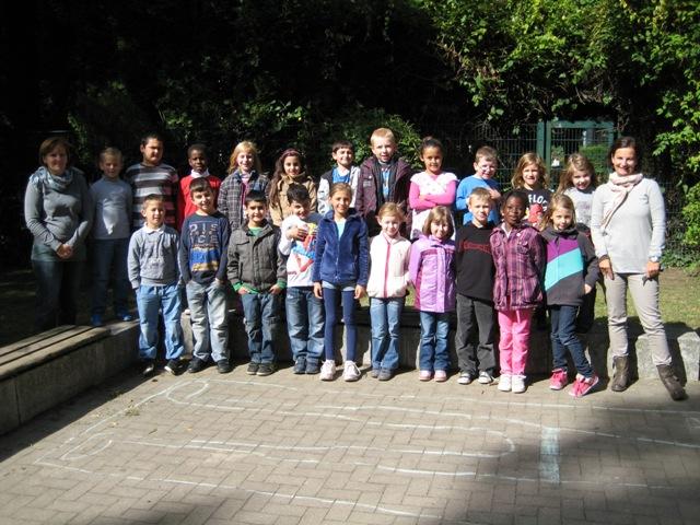 Klasse 2b – Schuljahr 2013/2014 – Klassenlehrerin Frau Holewik