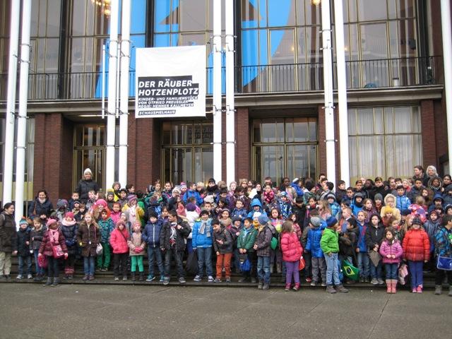 Zu Besuch beim Räuber Hotzenplotz im Schauspielhaus Bochum