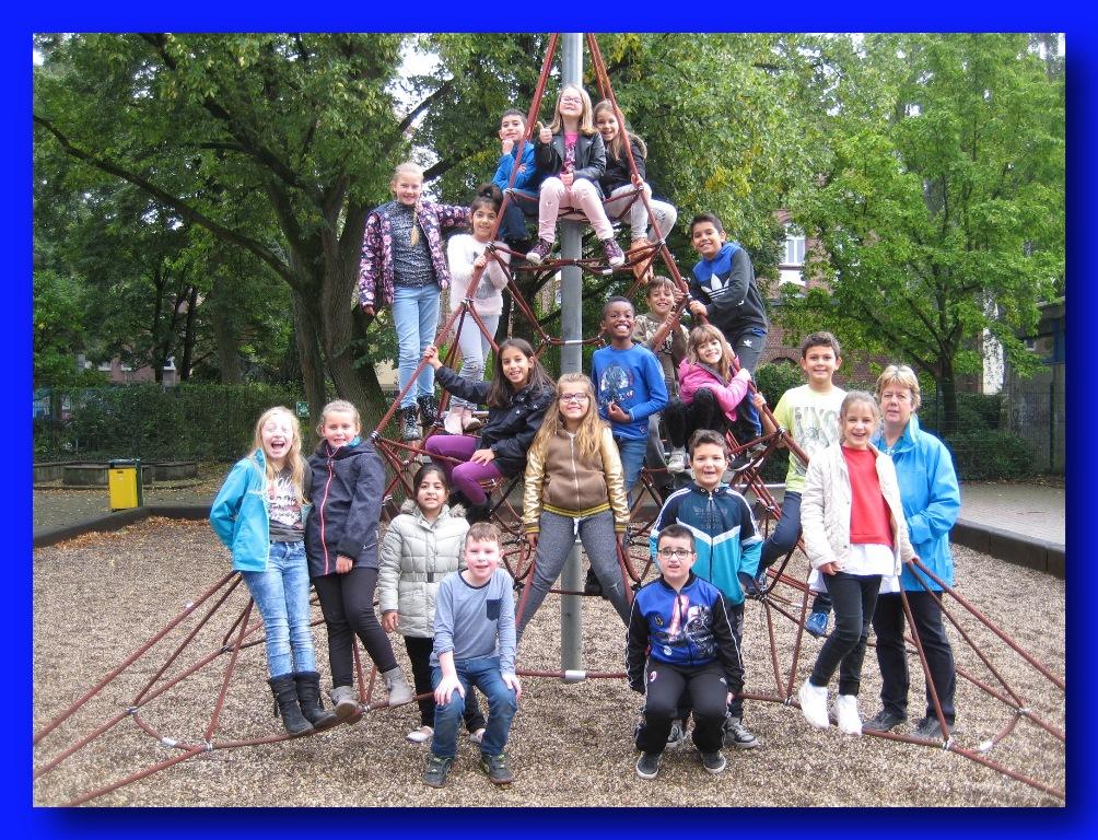 Klasse 3b – Klassenlehrerin Frau Rolf